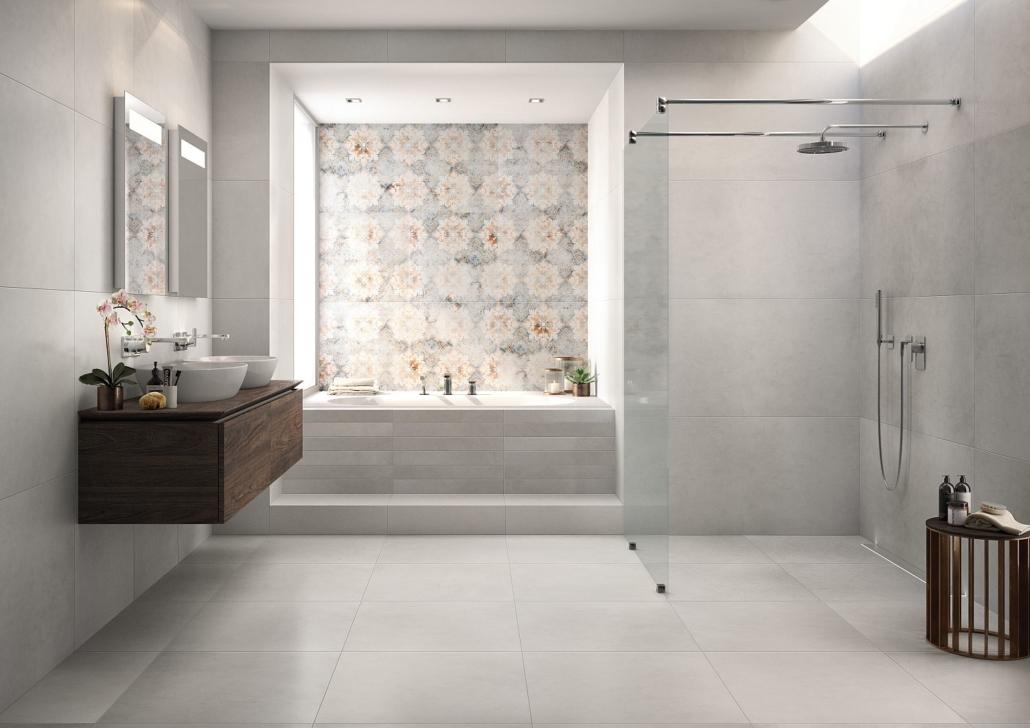 Großes, modernes Bad mit diversen Fliesen von Villeroy & Boch, grafische Fliesen in Nische von Badewanne